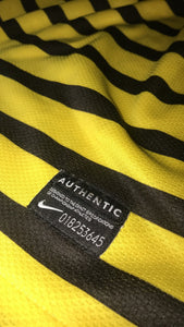 Bumble Bee Nike Set