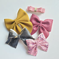 Bow and Snap Grab Bags