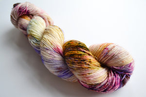 WILD ORCHID / fingering / Made Single or Made Twist