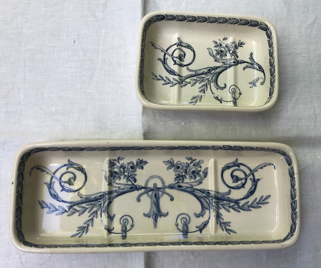French Vintage Porcelain Bathroom Set