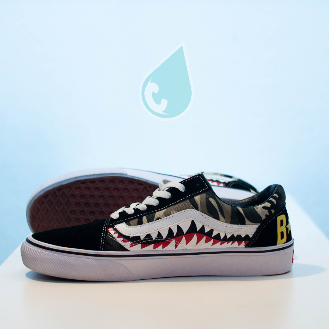 46b6c8bbb63c Custom Camouflage Shark Teeth Vans – Custom drip