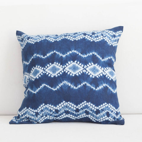 Handmade Linen & Cotton Blend Zigzag Indigo Shibori Pillow