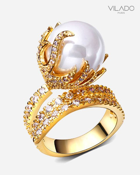 White Sea Shell Pearl Cubic Zircon Crystal Rings with Diamonds