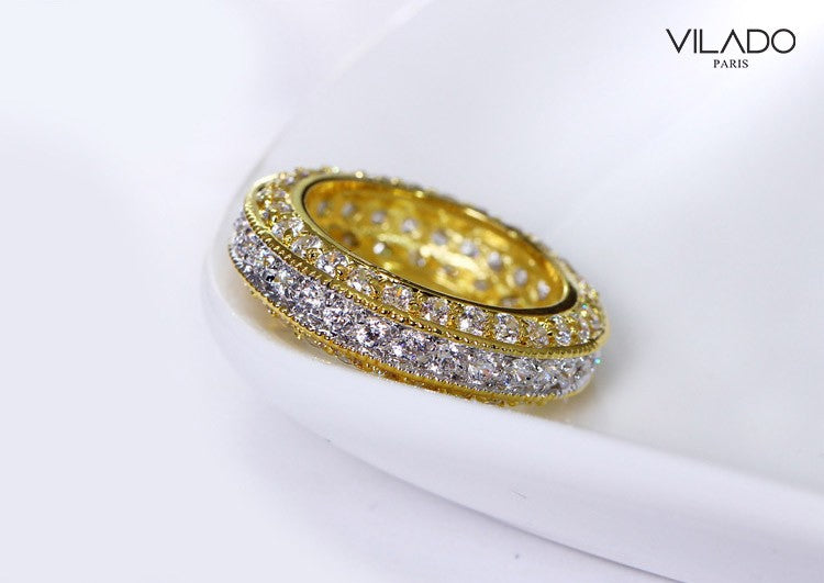 Iconically Design Zirconia Diamond Big Ring
