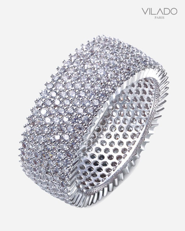 Embellished Cuff Design Diamond Ring