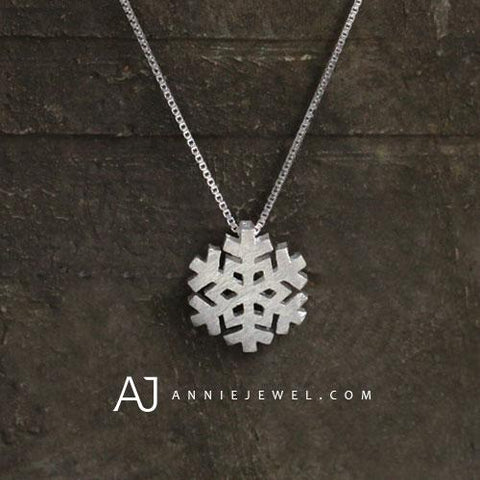 SILVER NECKLACE SNOWFLAKE CHARM NECKLACE UNIQUE CHRISTMAS GIFT JEWELRY ACCESSORIES GIRLS WOMEN