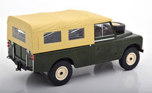 Land Rover 109 Series II with Soft-Top (MCG 1:18)