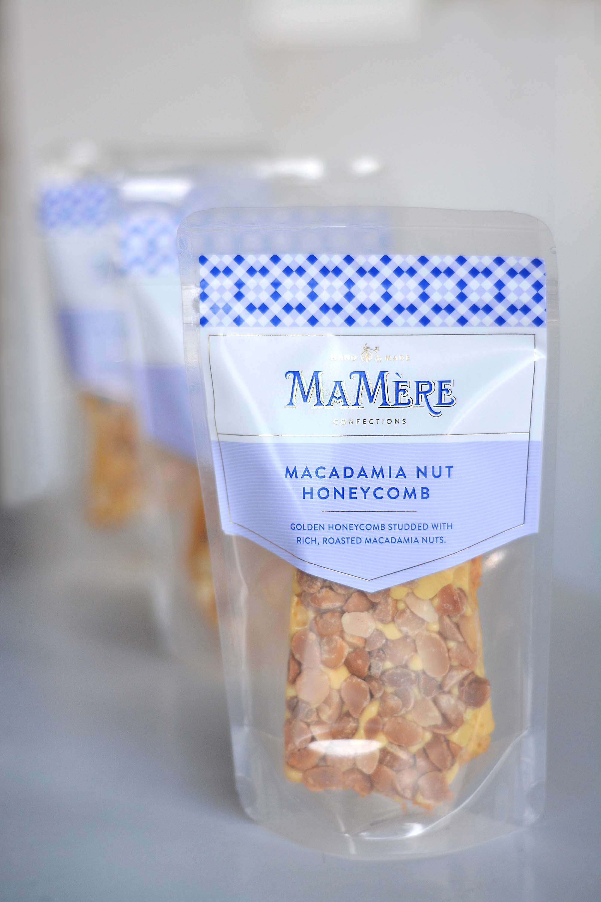 MACADAMIA NUT HONEYCOMB