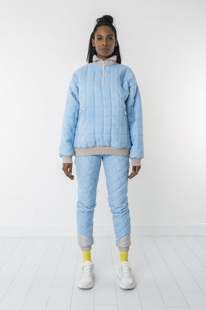 Snow of sky padded sweater