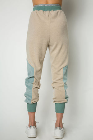 ''Wear this on Sunday'' sweatpants