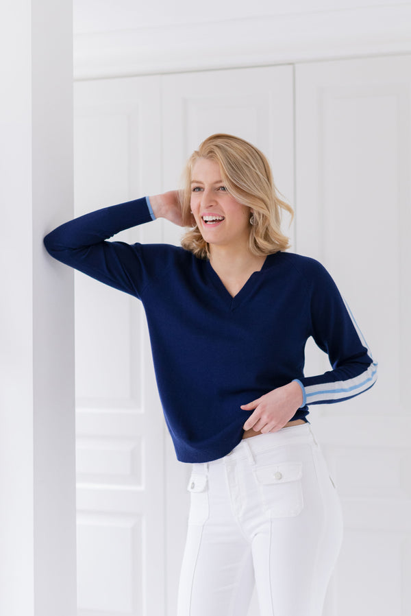 Ladies V jumper in French navy, blue & silver