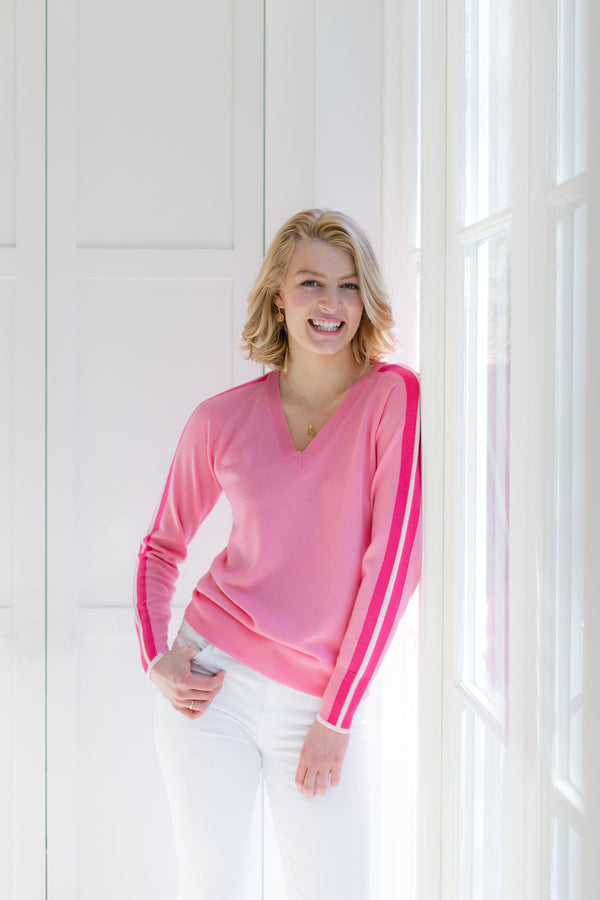 Ladies V jumper in candy pink