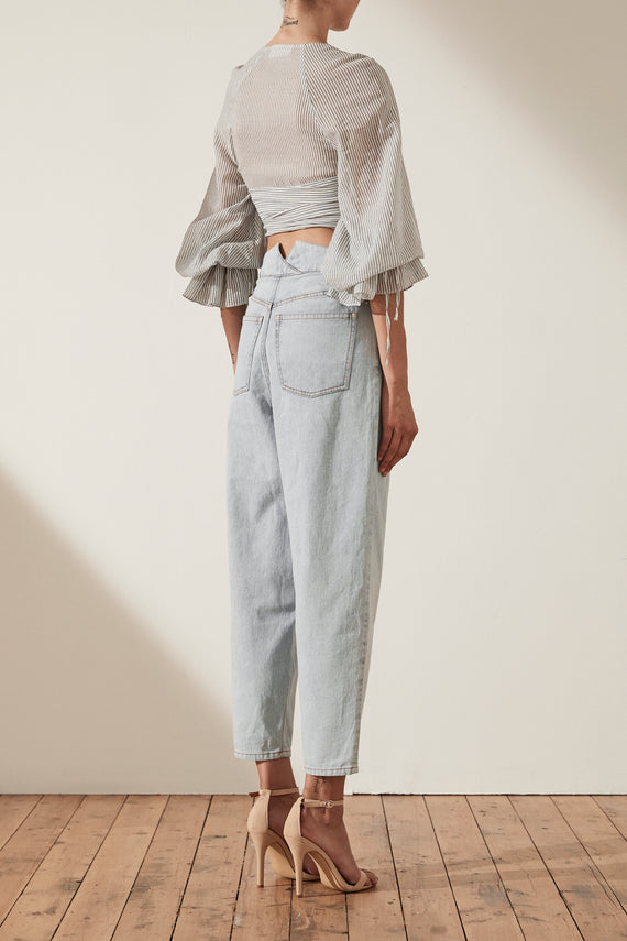 Frontier High Waisted Carrot Jean