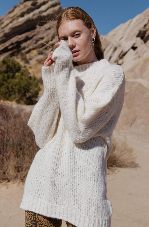 Ragdoll LA Fuzzy Sweater Off White