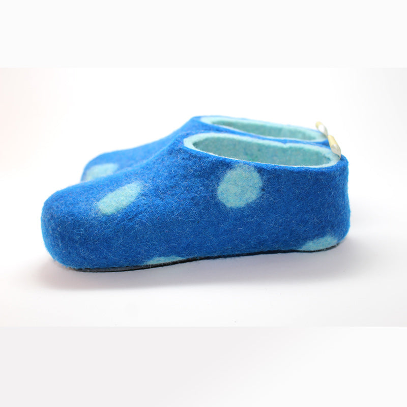 Children's handmade slipper 100% wool seamless from Mongolia