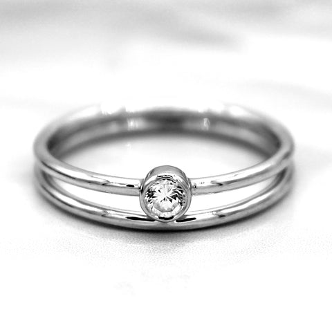 Round-Cut Simulated Diamond Single Stone Fine Ring