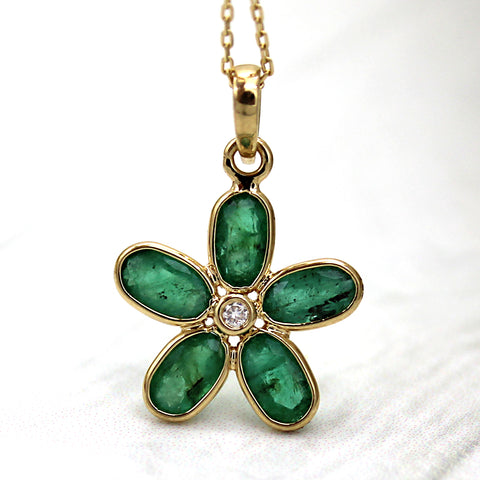 Natural Emerald Diamond Fine Flower Pendant