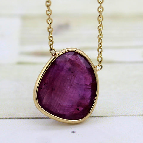 Natural Ruby 18kt Yellow Gold Pendant Necklace