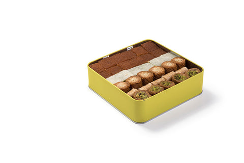 Assorted Baklava Tin Square 1100 g Box