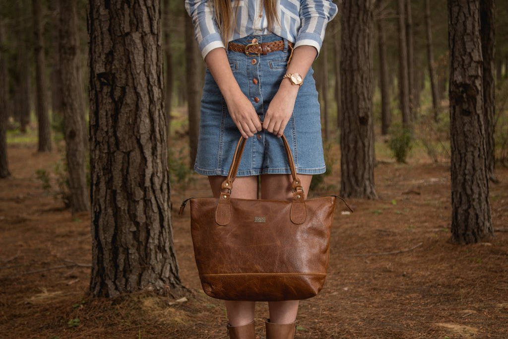 TAN Daisy Leather Handbag