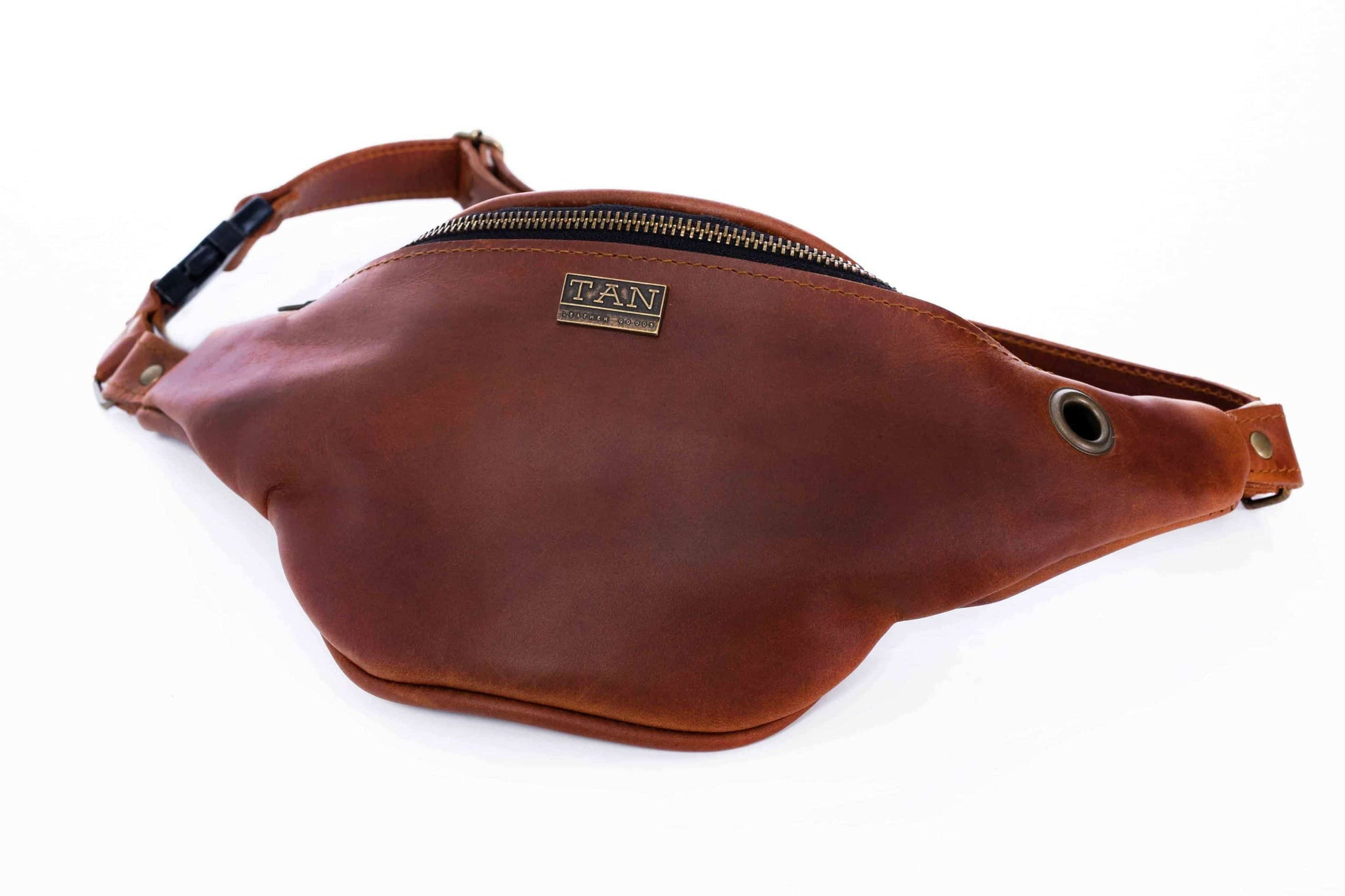 TAN Johnny Leather Moon Bag (Unisex)