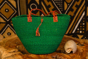 Hand woven straw bag (green)