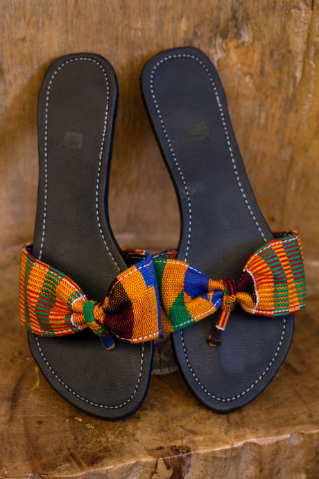 Kente slippers (female)