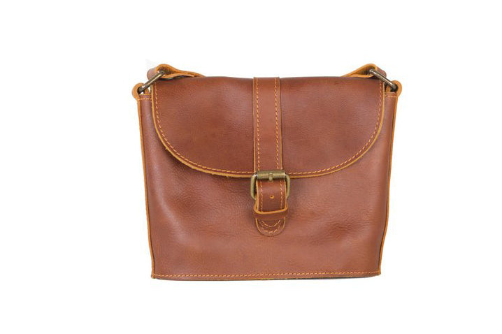 leather female purse, leather women's wallet, credit card slots, leather purses Canada, leather handbags