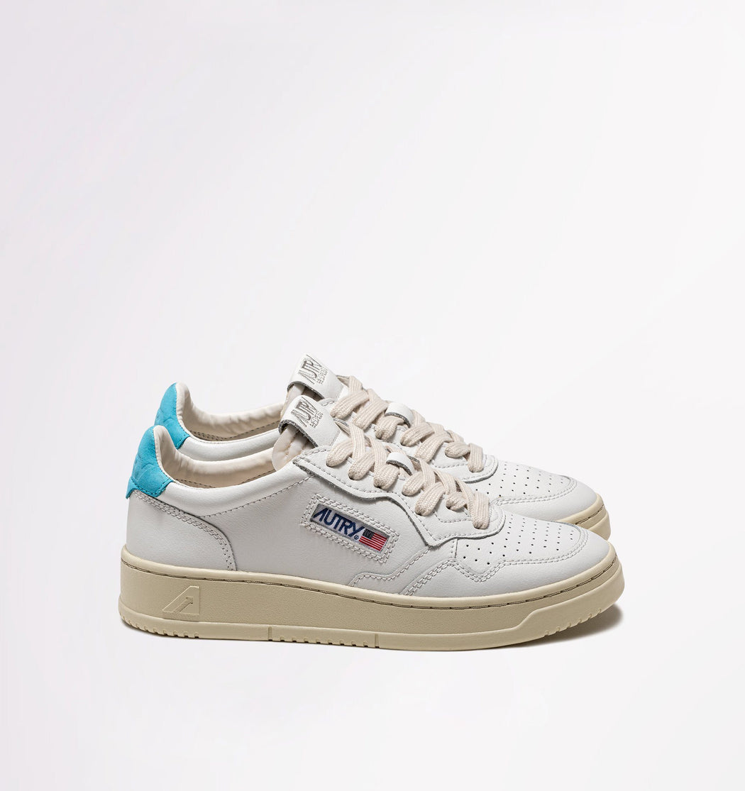AUTRY LN26 - LOW WOM ALL LEAT - White / Blue Shoes Woman AUTRY - Woman collection