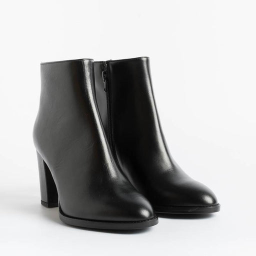 ANNA F - Ankle boots - 9685 - Black Leather Women's Shoes Anna F.