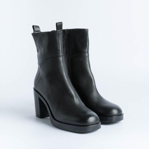 STRATEGIA - Ankle boot A4948 - Black Leather Shoes Woman Strategy