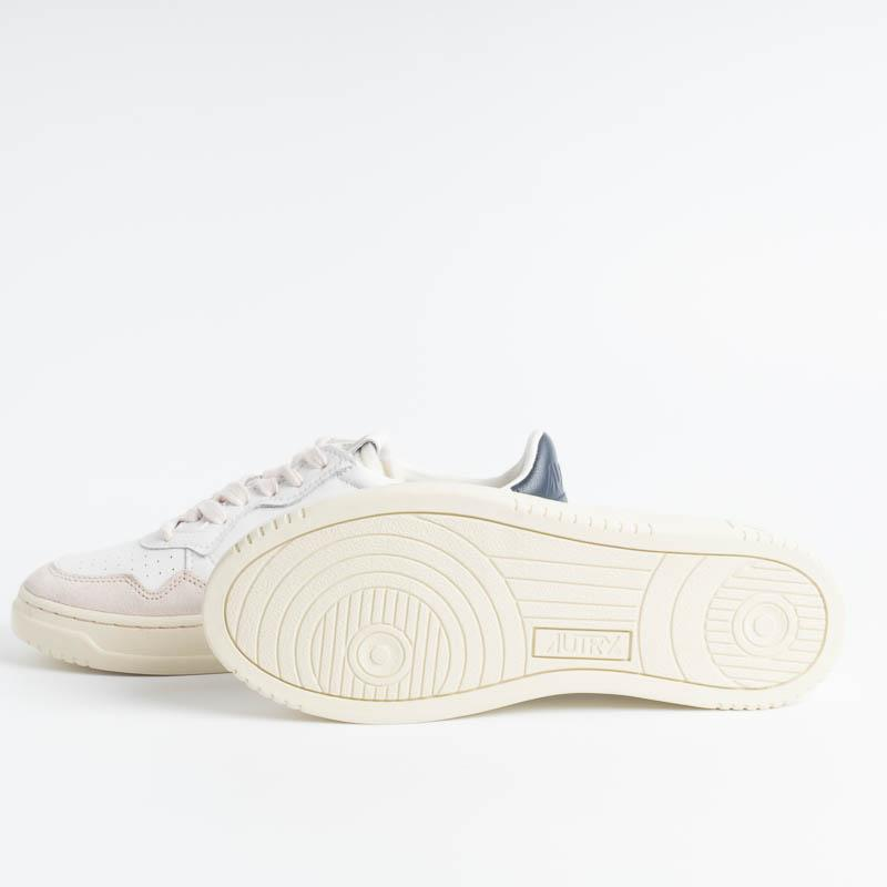 AUTRY LS28 - LOW WOM ALL LEAT / SUEDE - White / Blue Women's Shoes AUTRY - Women's collection