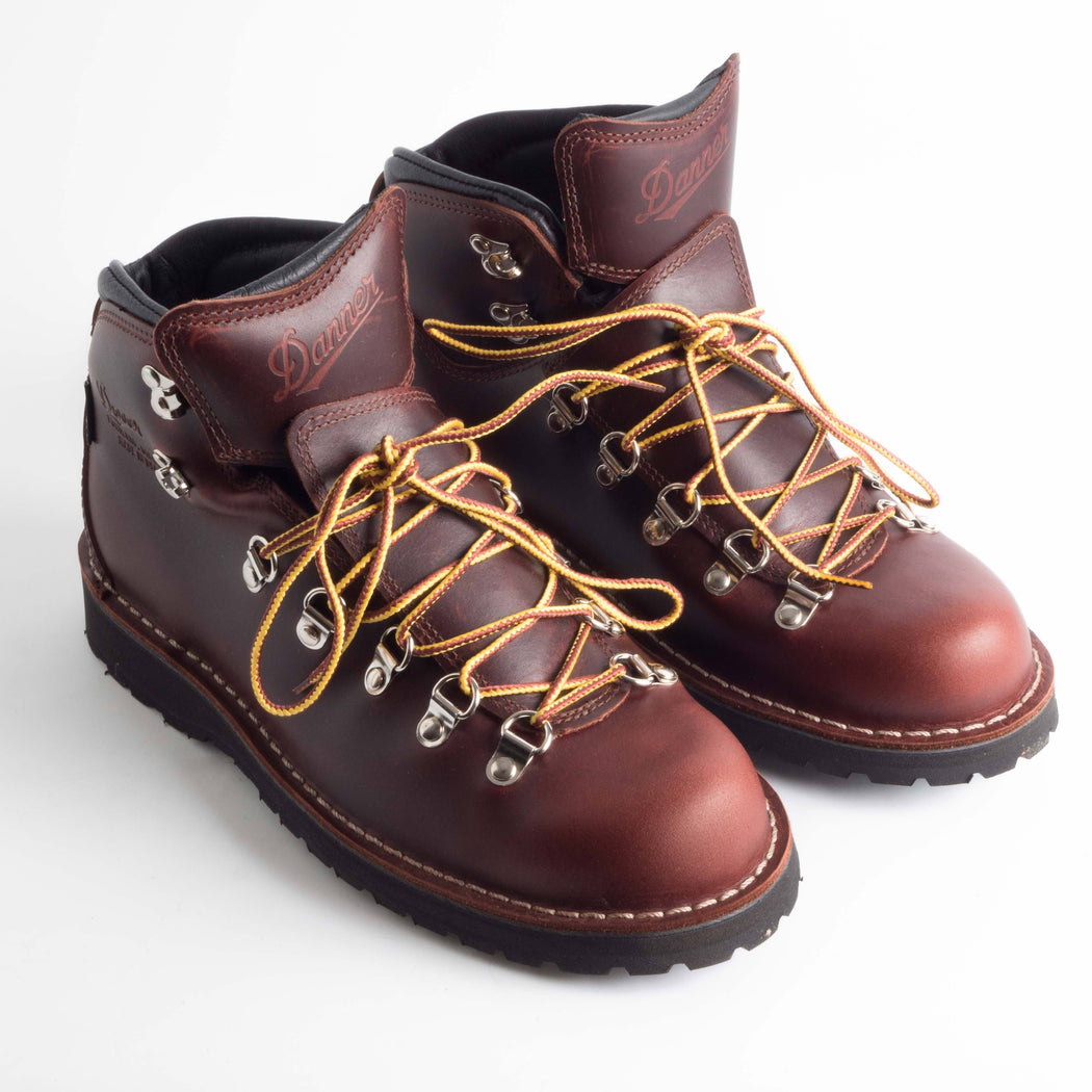 DANNER - FW 2018/19 - 33280 - Mountain Pass - Dark Brown Shoes Men DANNER