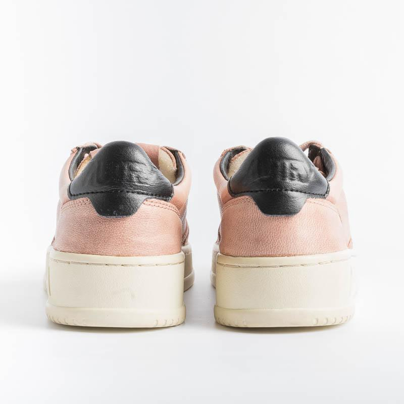 AUTRY GG09 - LOW WOM GOAT - Pink Women's Shoes AUTRY - Women's collection
