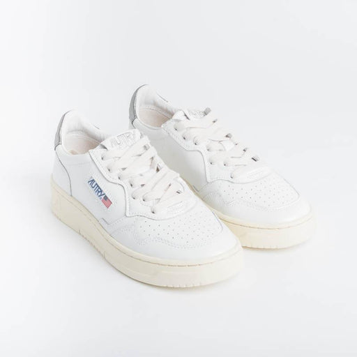 AUTRY LL05 - LOW WOM LEAT - White / Silver Women's Shoes AUTRY - Women's collection