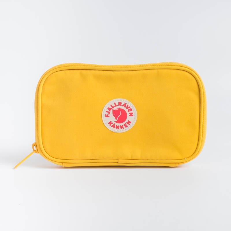 FJÄLLRÄVEN Kånken Travel Wallet - Vari Colori Zaino Fjallraven 141 Warm Yellow