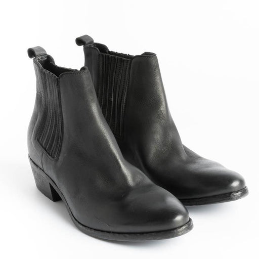 ELENA IACHI - Ankle Boot E2375 - Boston Black Wash Women's Shoes Elena Iachi