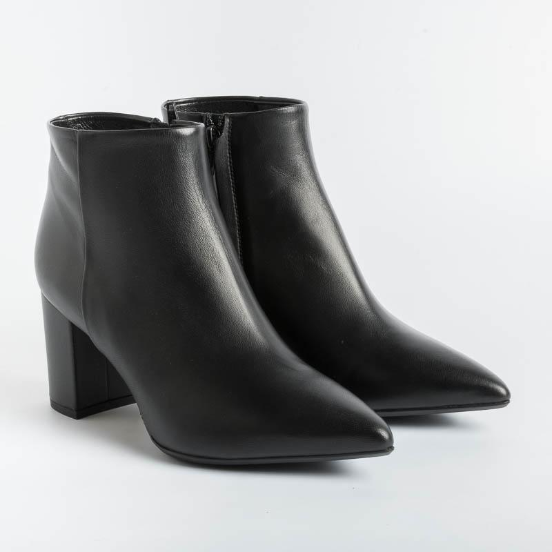 ANNA F - Ankle boots - 9438 - Black Leather Women's Shoes Anna F.