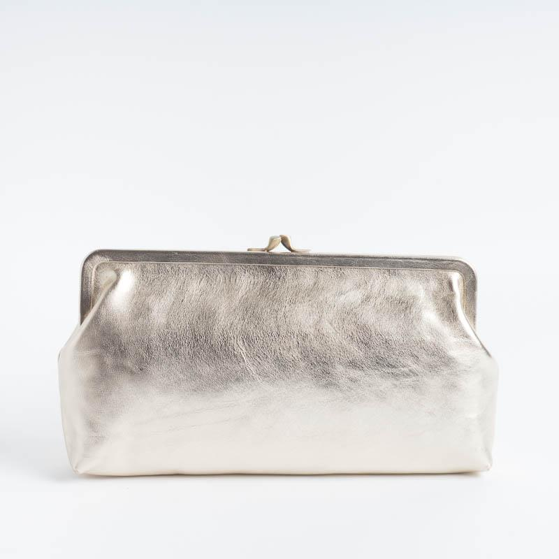 IL BISONTE - A0533 - Clutch bags - Various colors Il Bisonte bags