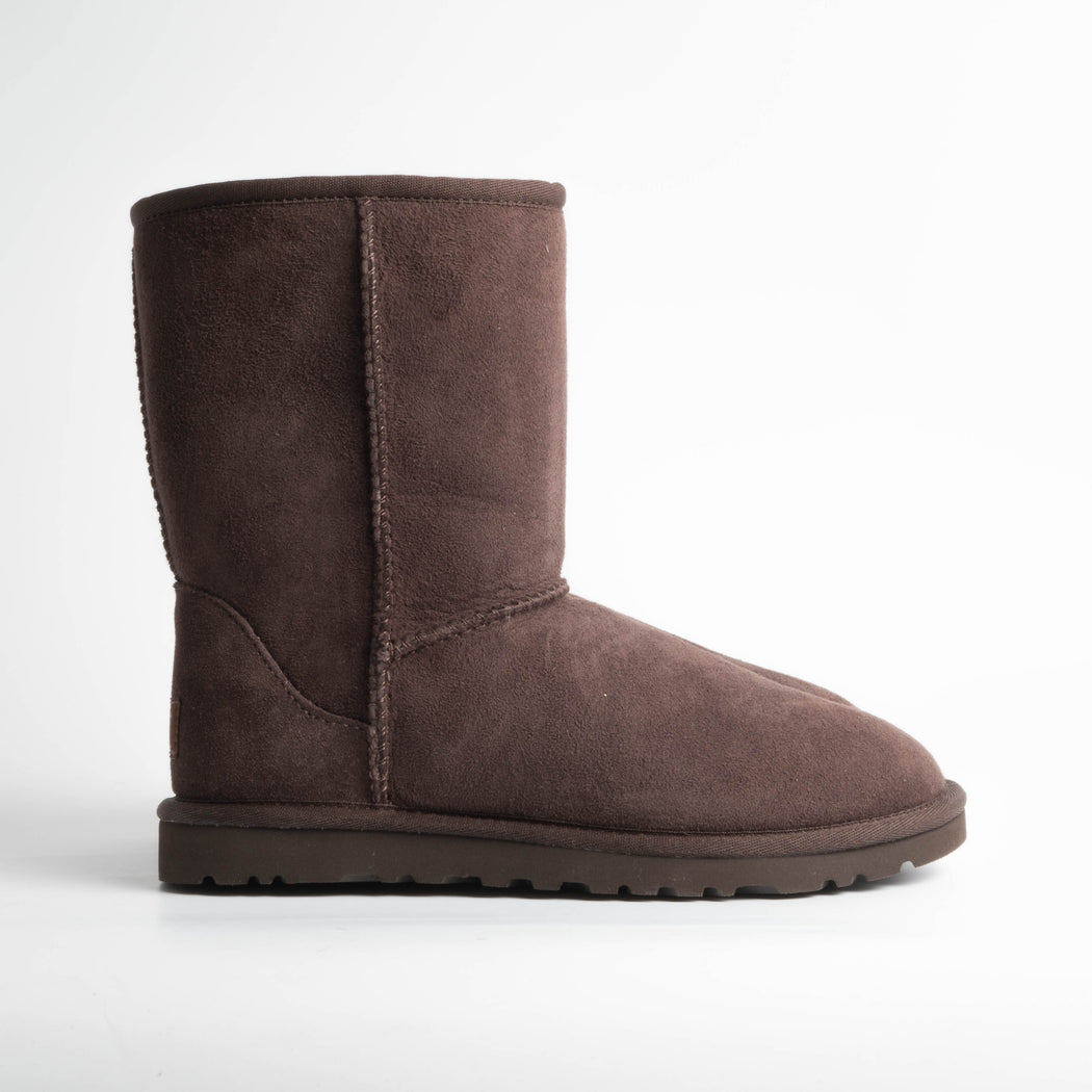 UGG - Classic Short 5825w - chocolate Scarpe Donna Ugg