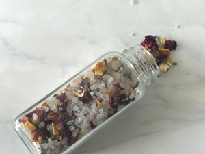 "Herbal "" Goddess Petals "" Bath Salt"