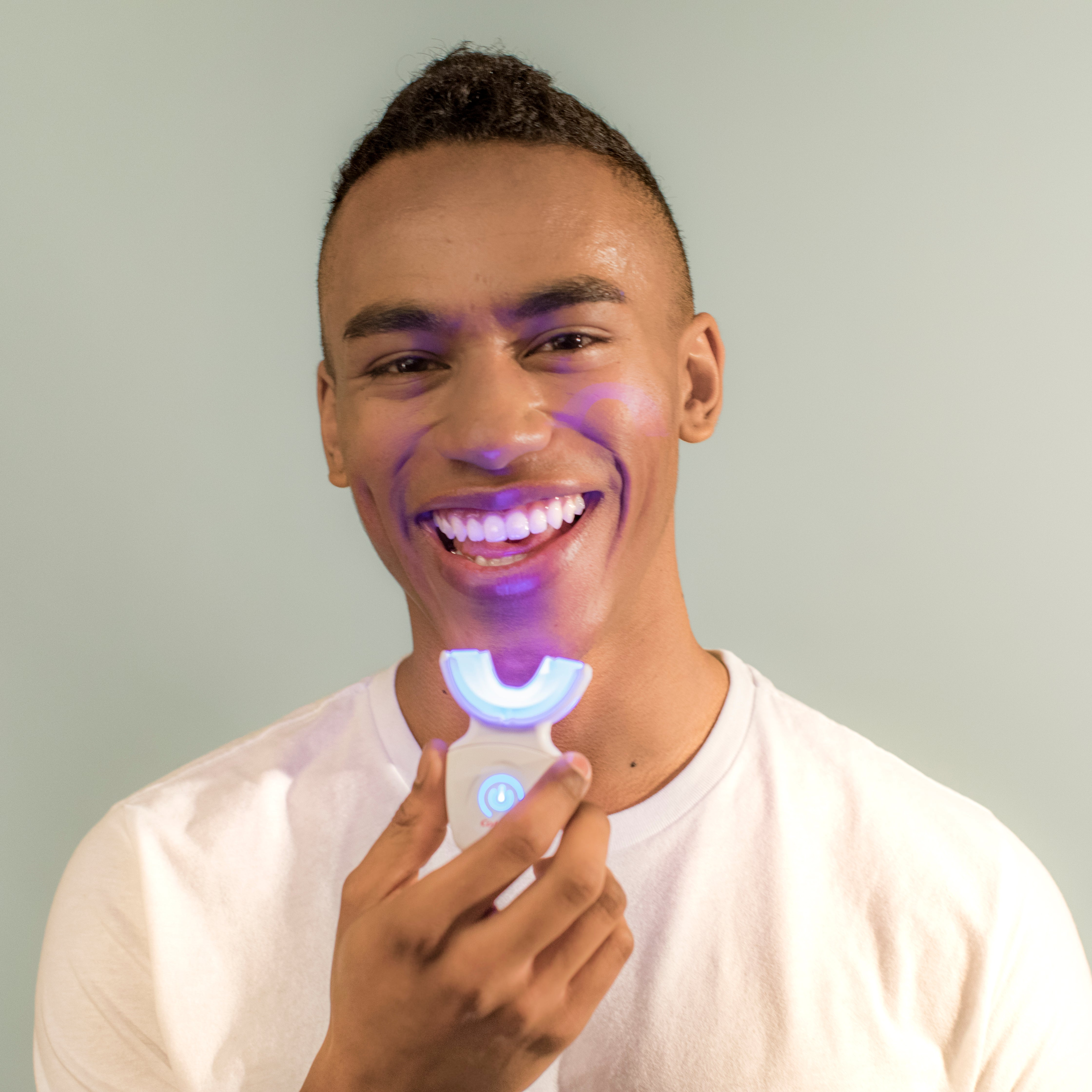 Teeth Whitening Kit I Colgate