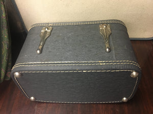 Women's Antique Train Travel Case, Navy Blue Shabby Chic