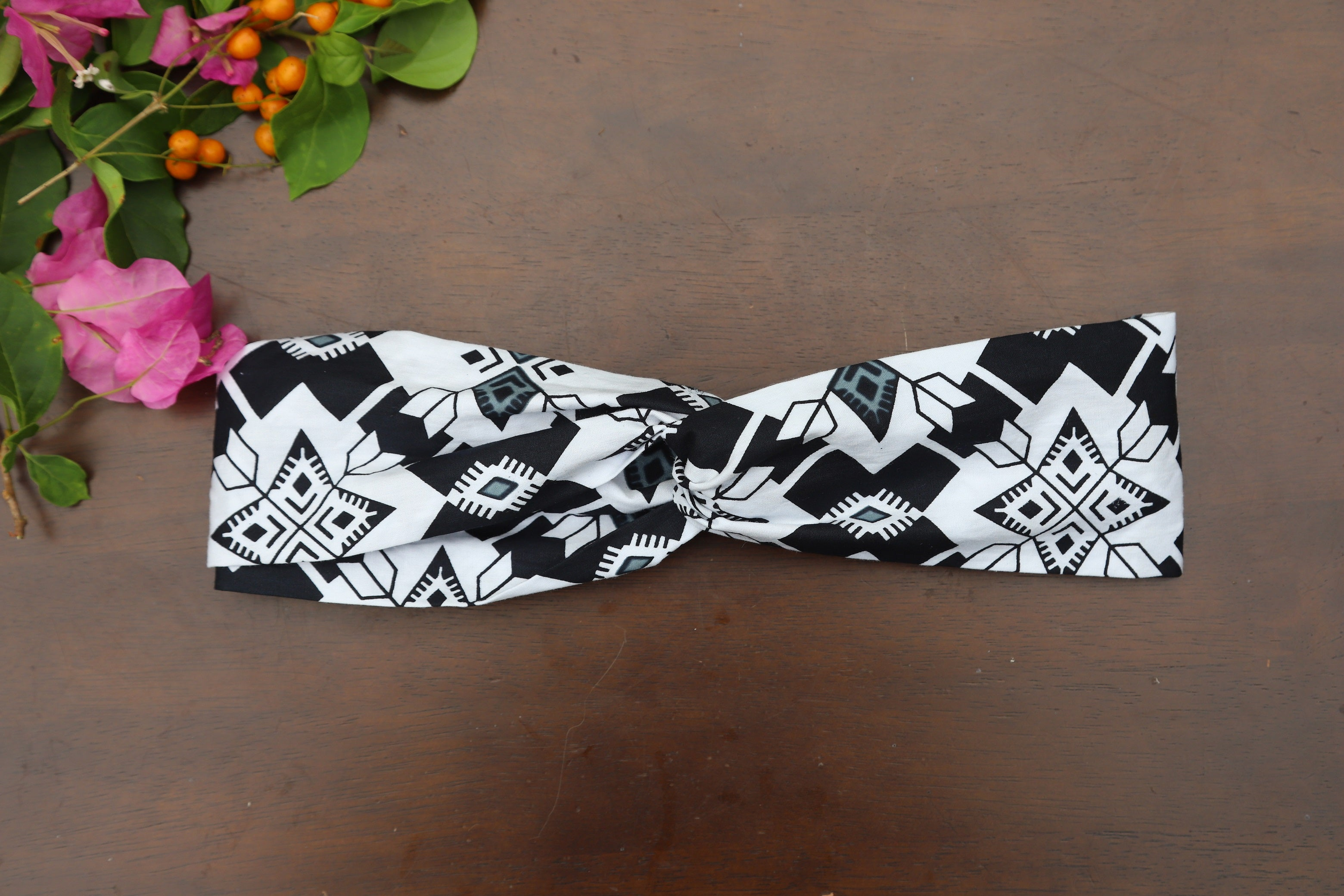Headband with Buttons - Black & White