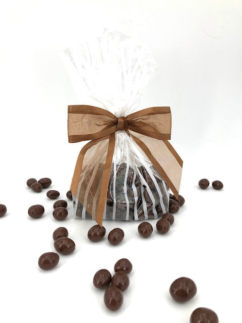 MILK CHOCOLATE COVERED PEANUTS (1/2 lb)