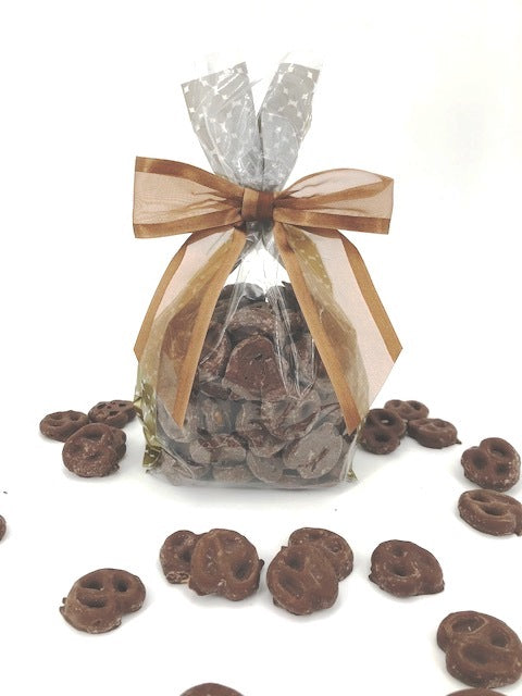 MINI MILK CHOCOLATE PRETZELS (8 oz)