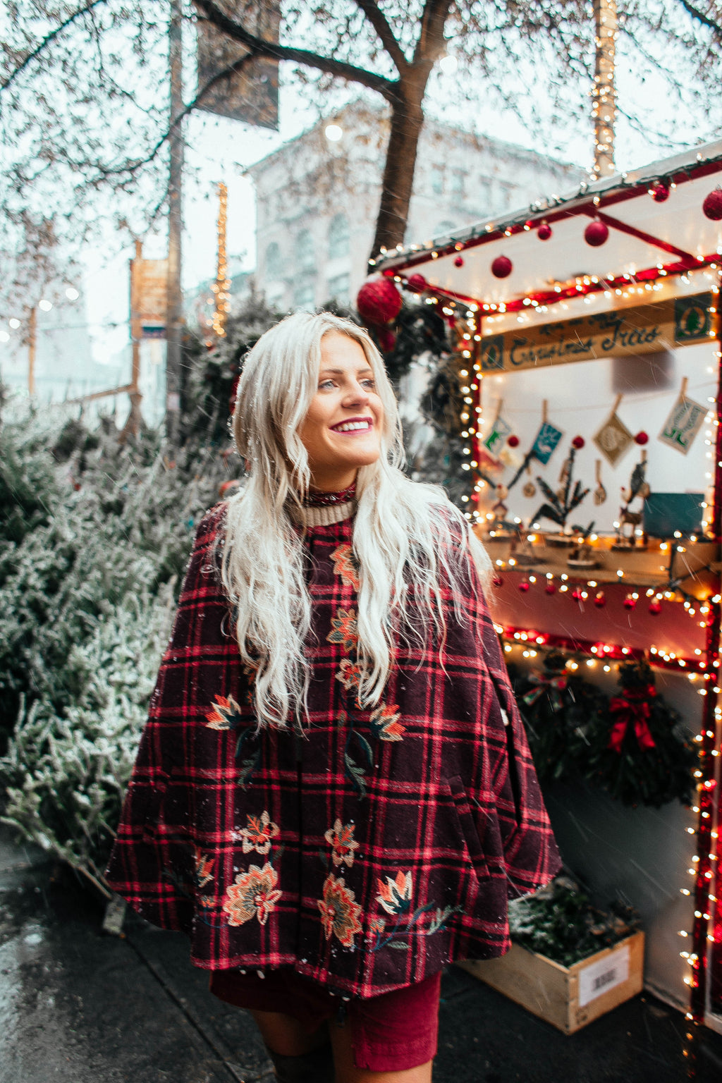 FEELS LIKE CHRISTMAS Plaid Cape
