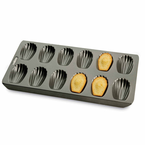 Chicago Metallic Non-Stick 12 Cup Madeleine Pan