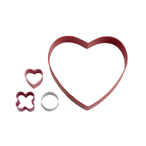 WILTON LOVE HEART COOKIE CUTTERS, SET OF 4