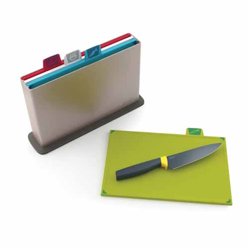 Index™ Chopping Board Set & Elevate™ Chef's Knife